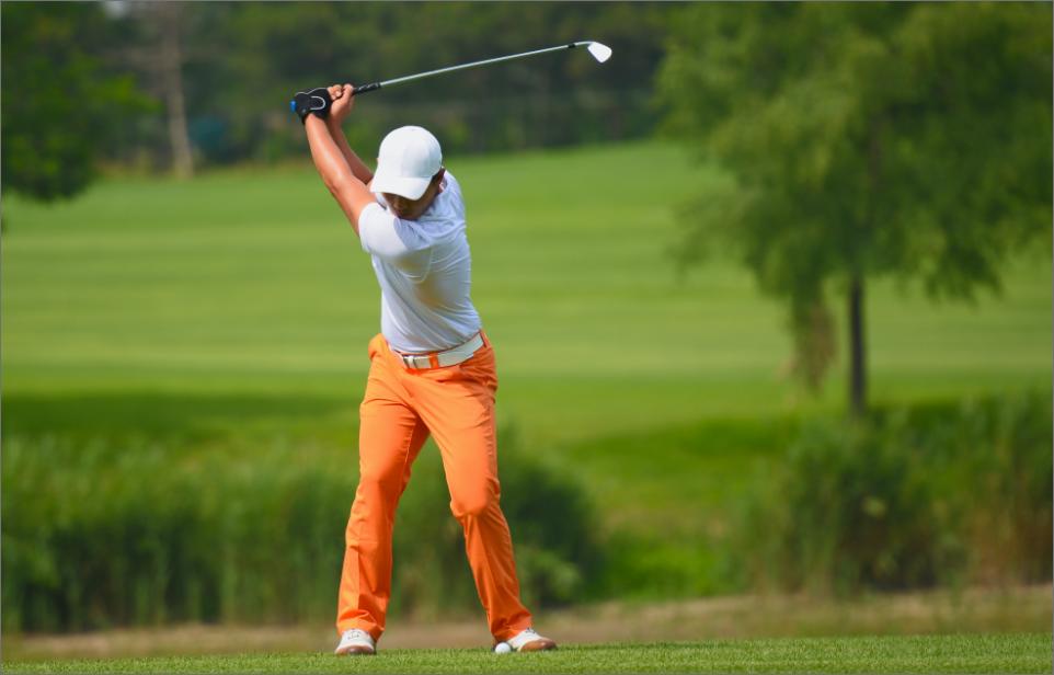 Golfer Takes a Swing